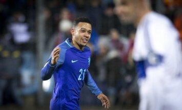 Nīderlandes izlases futbolists Depajs karjeru turpinās Francijas klubā Lionas 'Olympique'