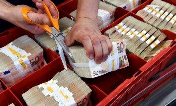 Kastes, puķes, monētas – kam četrus miljonus šogad tērējusi Latvijas Banka