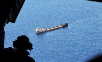 Vairākas dienas Baltijas jūrā nekustīgais tankkuģis pieder Putina draugam