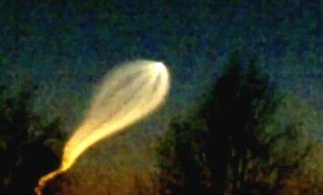 Video: Krievijā debesīs novērots 'kobrveidīgs' NLO