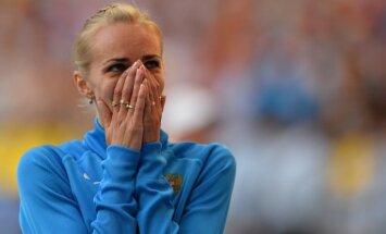 Krieviete Škoļina triumfē pasaules čempionāta augstlēkšanas sacensībās