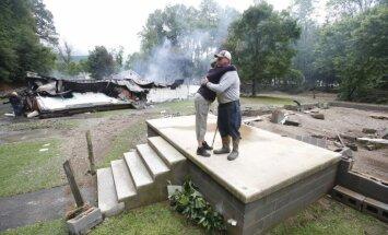 Foto: Plūdos Rietumvirdžīnijā bojā gājuši 23 cilvēki