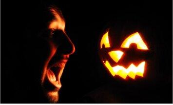 Helovīns tuvojas: vai iespējams pārbīties līdz nāvei?