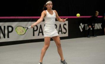 Севастова уступила второй ракетке мира, Остапенко и канадка — в полуфинале