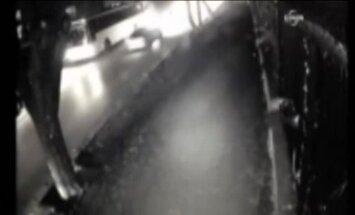 Video: Nofilmēts baisā Ankaras sprādziena brīdis