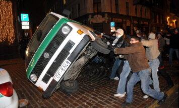 2009. gads: Grautiņš Vecrīgā, Obamas inaugurācija un zemestrīces Latvijā