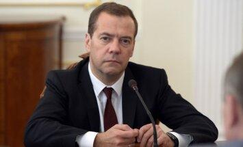 Medvedevs: Krievija Sīrijā aizstāv nacionālās intereses, nevis Asadu