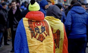 Moldovas valdība ignorē prezidenta aizliegumu karavīriem piedalīties NATO mācībās Ukrainā