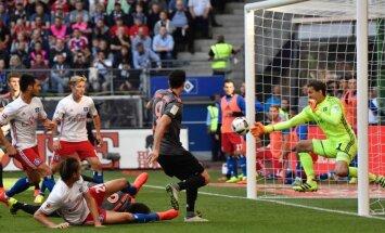 'Bayern' vien pēdējās minūtēs uzvar bundeslīgas lejasgala vienību HSV