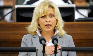 Лочмеле–Луневу подозревают в уклонении от уплаты налогов; депутат считает это дело местью