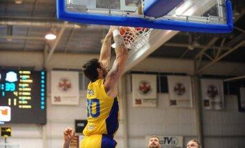 'Ventspils' basketbolisti LBL spēlē sagrauj LU komandu