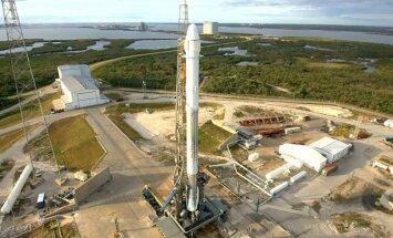 Космический грузовик SpaceX успешно приводнился в Тихом океане