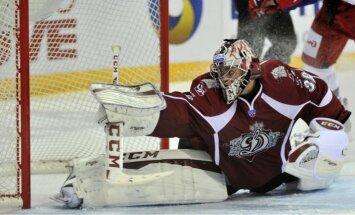 Rīgas 'Dinamo' pārbaudes turnīra cīņā 'bullīšos' uzvar 'Ak Bars' hokejistus