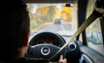 No 1. novembra Latvijā varēs reģistrēt automašīnas ar stūri labajā pusē