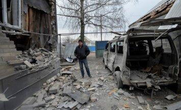 Foto: Ukrainas un Krievijas spēku starpā pieaugusi apšaužu intensitāte