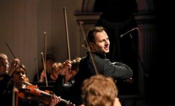 Rīgā savu Eiropas turneju atklās diriģents Teodors Kurentzis