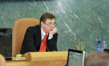 Mediķu arodbiedrība prasīs Saeimai vērtēt Kučinska atbilstību amatam