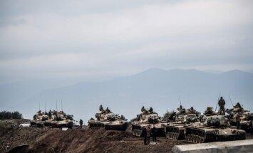 Turcija nosūta tankus uz Sīrijas pierobežu