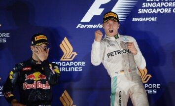Rosbergs pēc uzvaras Singapūras 'Grand Prix atgūst vadību kopvērtējumā