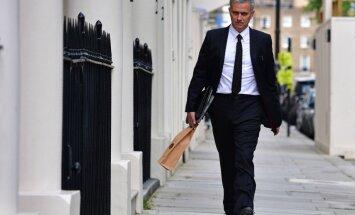 Angļu mediji: Mourinju piekritis kļūt par Mančestras 'United' galveno treneri