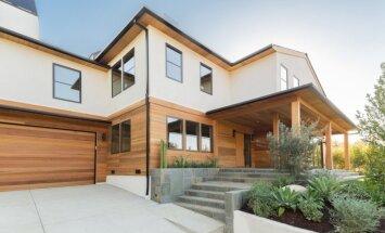 Gaišs un omulīgs namiņš, kas iekārtojies stilīgā Losandželosas rajonā
