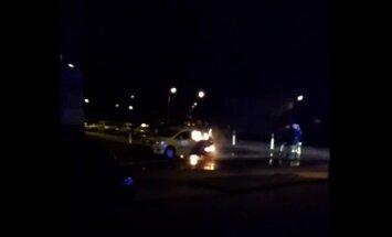 Video: Purvciemā eksplodē un nodeg kārtējā 'Baltic Taxi' automašīna