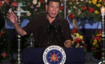 Policija cietumā nošauj narkotiku tirdzniecībā apsūdzētu Filipīnu mēru