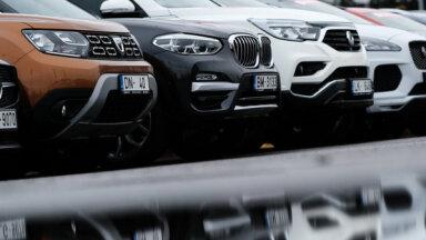 Jūnijā jaunu auto tirgū vairs tikai 23% kritums; dīlercentri saredz gaismu tuneļa galā