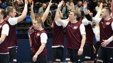 Latvijas izlases handbolisti pēc spēlēšanas Norvēģijā nevarēs atgriezties pamatdarbā