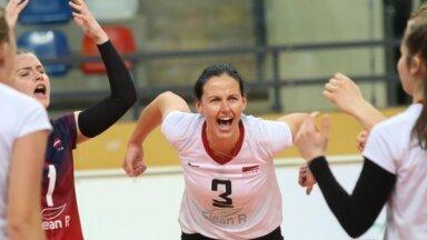 Latvijas sieviešu volejbola izlase EČ kvalifikācijas turnīru sāk ar zaudējumu pret Čehiju