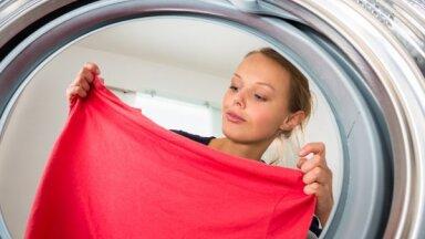 Семь вещей в вашем шкафу, которые нуждаются в стирке лишь раз в году