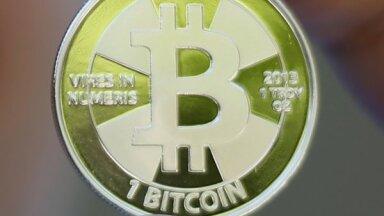 'Bitcoin' vērtība kāpusi pēc 'Tesla' solījuma to nākotnē pieņemt