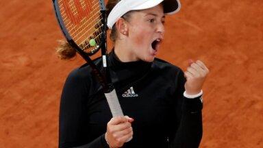 Izcilā Ostapenko divos setos izrēķinās ar 'French Open' otro numuru Plīškovu