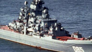 Krievija izziņo jaunos spēcīgākā karakuģa rekonstrukcijas termiņus