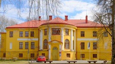 Latviju iepazīstot: lielais piļu un muižu ceļvedis