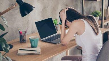 Negativitāte, bieža atvainošanās, nepārliecība: īpašības un ieradumi, kas kaitē karjerai