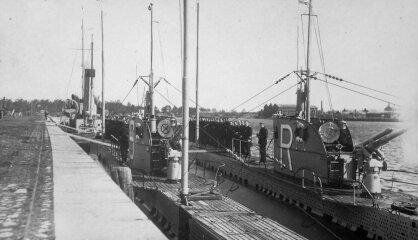 1927. gads: Latvija sēro par Čaksti, par prezidentu kļūst Gustavs Zemgals