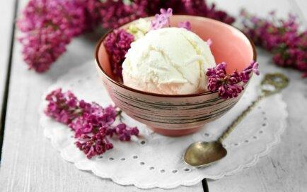 Atklājam saldējumu sezonu! Jogurta, ogu un augļu atvēsinošie deserti