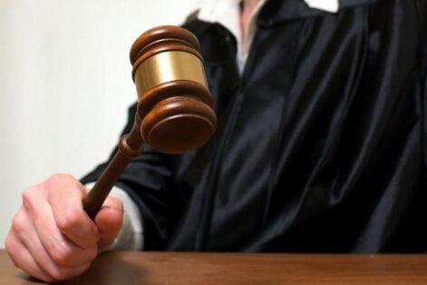 Civillietu pārdalei starp tiesām prasa ilgāku termiņu - līdz 2018. gada beigām
