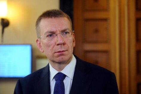 Rinkēvičs pateicas slovāku kolēģim par lēmumu pievienoties NATO kaujas grupai Latvijā