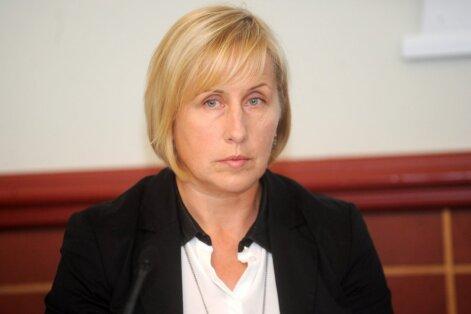 Sanita Dika-Bokmeldere nav atbilstoša valdes locekļa amatam sabiedriskajā medijā, pauž Rožukalne