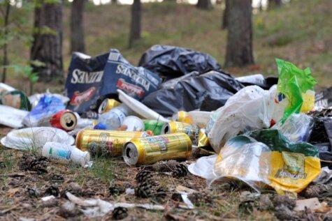 Rūpējies par vidi, nemēslojot dabā un šķirojot atkritumus
