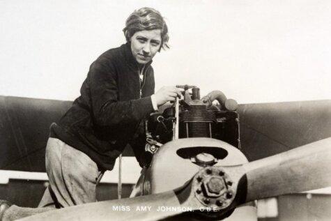 Pirmā sieviete pilote, kura vienatnē aizlidoja līdz Austrālijai