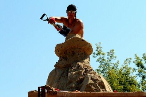 Jelgavas smilšu skulptūru tapšana