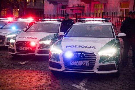 ФОТО, ВИДЕО. Литовская дорожная полиция получила 12 новых