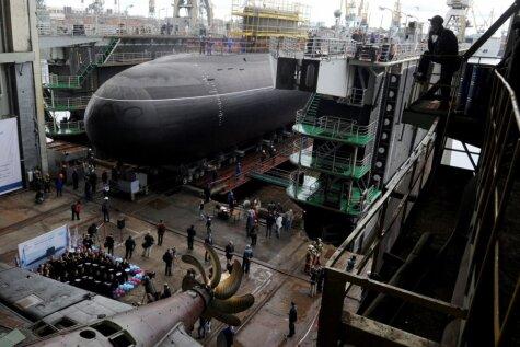 Krievijas jūras floti papildina milzīga zemūdene
