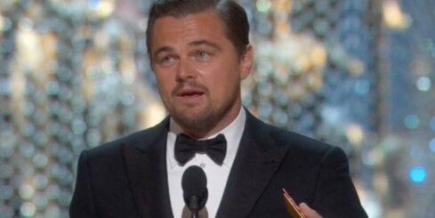 'Oskara' ceremonijā laurus plūc Dikaprio