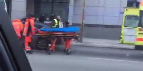 Trolejbusa un vieglās automašīnas avārija Brīvības ielā Rīgā