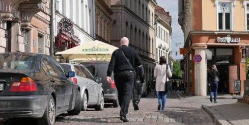 Электроэнергия подорожает для сотен тысяч латвийских потребителей