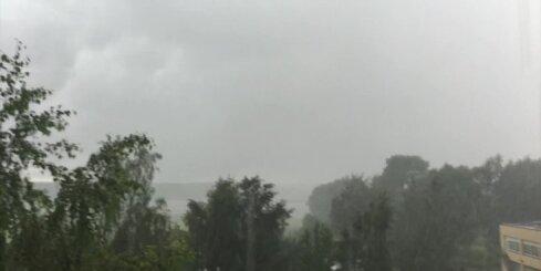 Neganta lietusgāze Jūrmalā